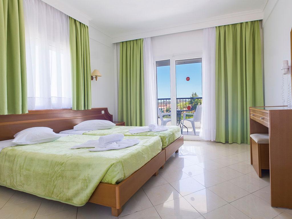 Hotel Hilltop 3*