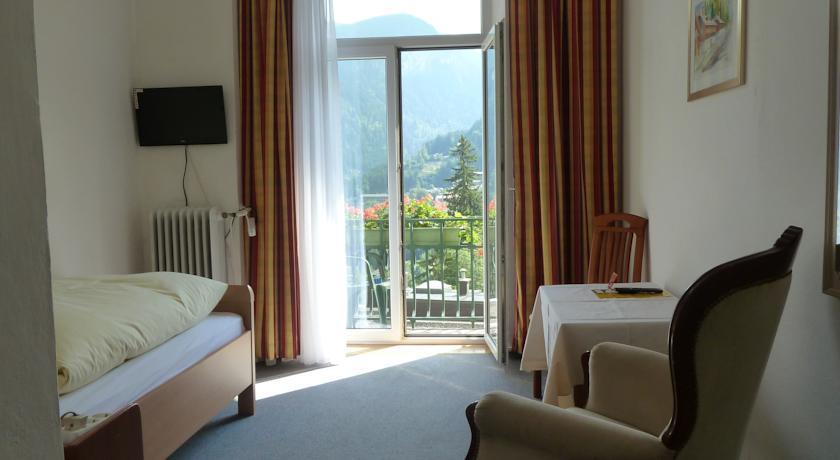 Hotel Mozart 3*