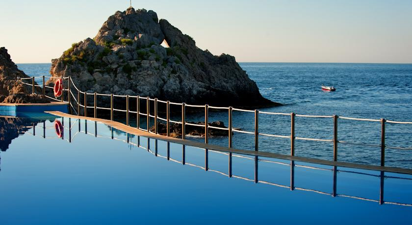 Charter Sicilia - Hotel Atahotel Capotaormina 4*