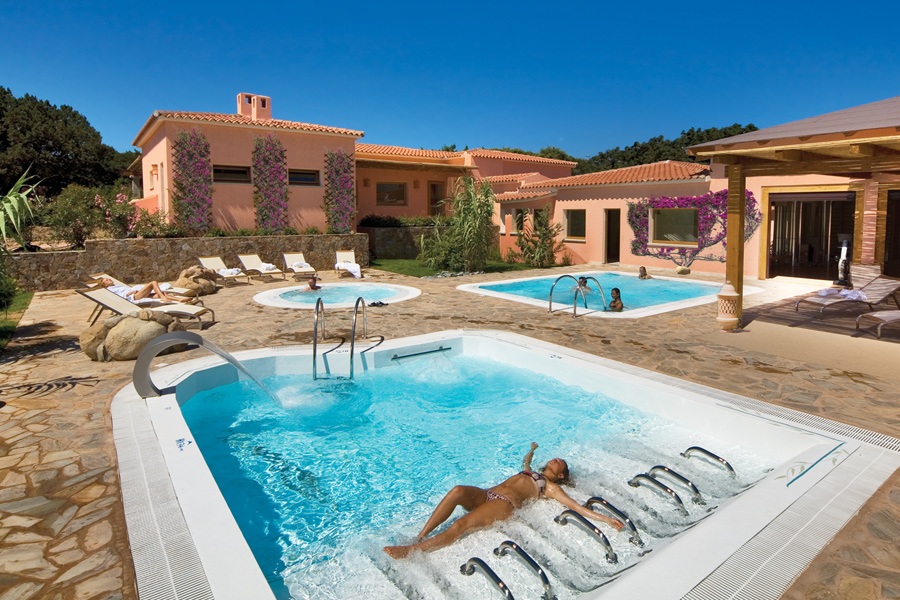 Charter Sardinia - Hotel Le Dune Resort and Spa 4*
