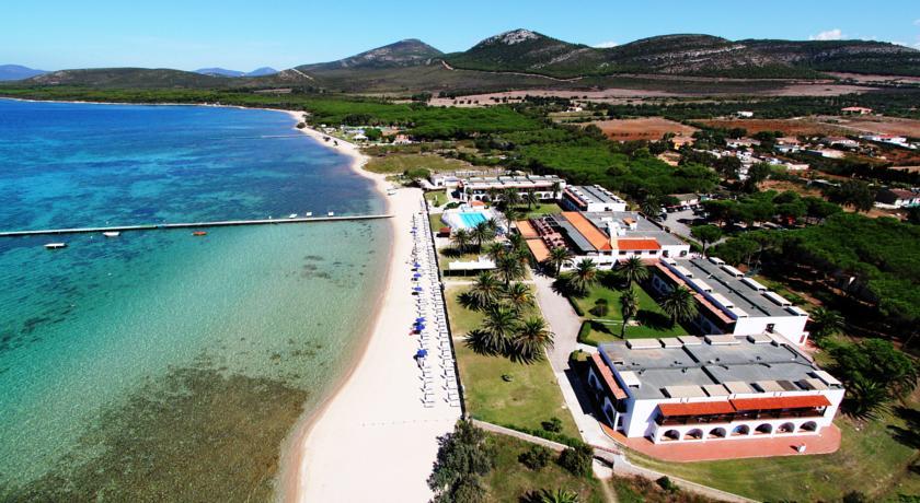 Charter Sardinia - Hotel Porto Conto 3*