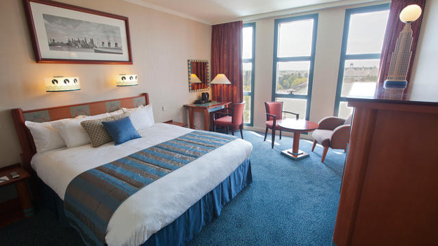 Early Booking 20%+Demipensiune - Disneyland Paris - Hotel New York 4*